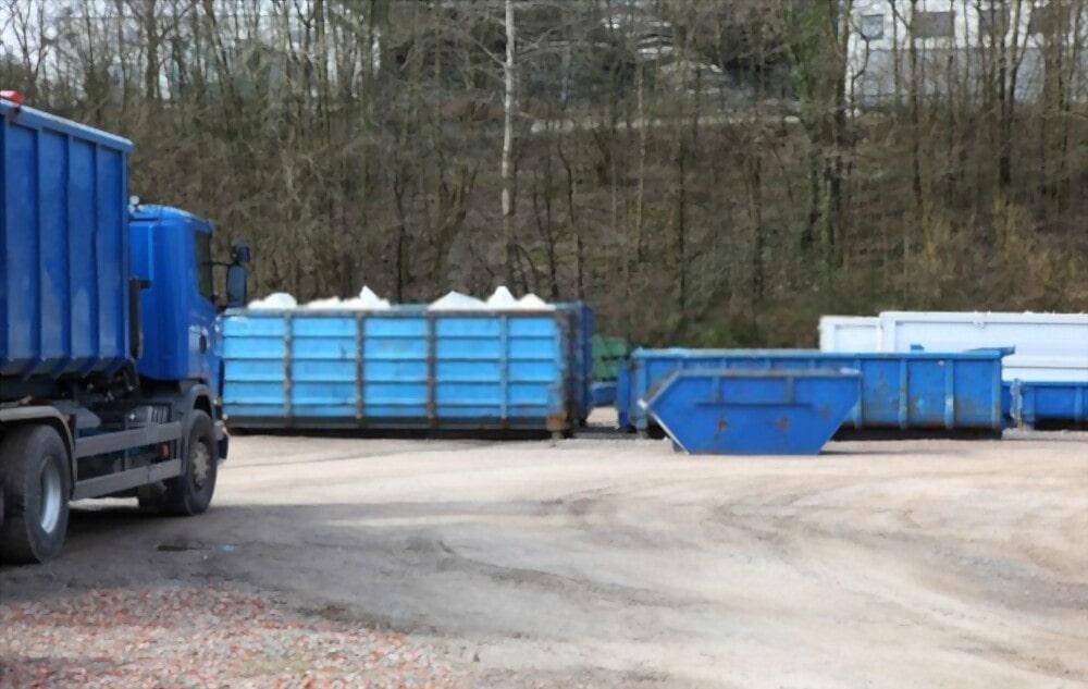 Какой заказать контейнер для вывоза мусора